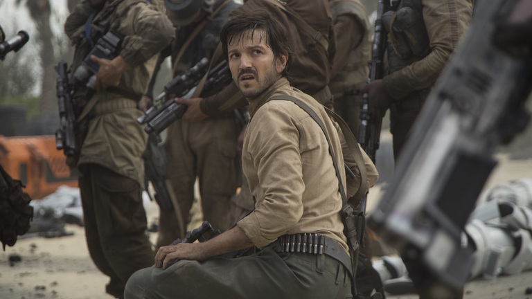 Diego Luna como el Capitán Cassian Andor en 'Rogue One: A Star Wars Story'.
